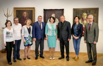 Meeting at the Catholic University of Lublin (left to right): Olena Shwed, Grzegorz Yuzefczuk, Vira Meniok, Yuri Vovk, Prof. Nadia Skotna, Rector Prof. Antoni Dębinski, representatives of Catholic University of Lublin