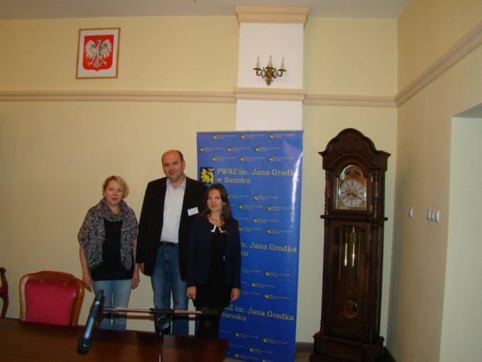 In the Senate hall of the Jan Grodek State Higher Professional School in Sanok (from left to right): Vera Meniok, Pavlo Skotnyi, Oksana Rybak - doctoral student of Ivan Franko National University in Lviv.