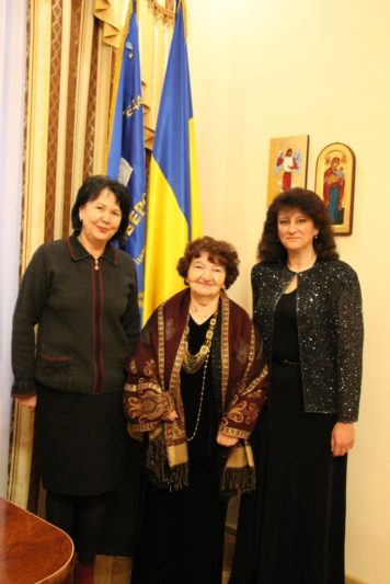 From left to right Prof. Nadia Skotna, Bogdana Filts and associate professor Oleksandr Nimylovych