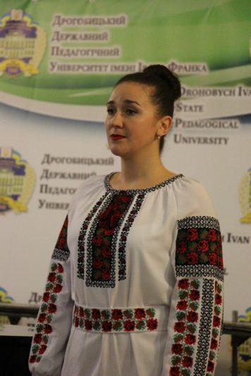 Maria Kablash, a master of musical art, sings