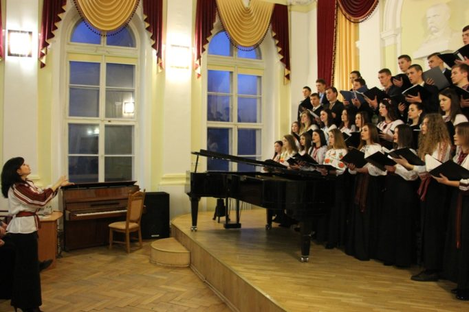 Singing choral class of 1st and 3rd year students of the Institute of Musical Art (directed by associate professor Halyna Stets)