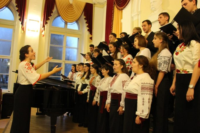 Singing choral class of 2nd and 4th year students of the Institute of Musical Art (directed by Khrystyna Holubinka)