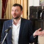 Ihor Sayenko (Kiev) greets the participants