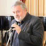 Volodymyr Zubytsky, chairman of the jury, gives a welcoming speech