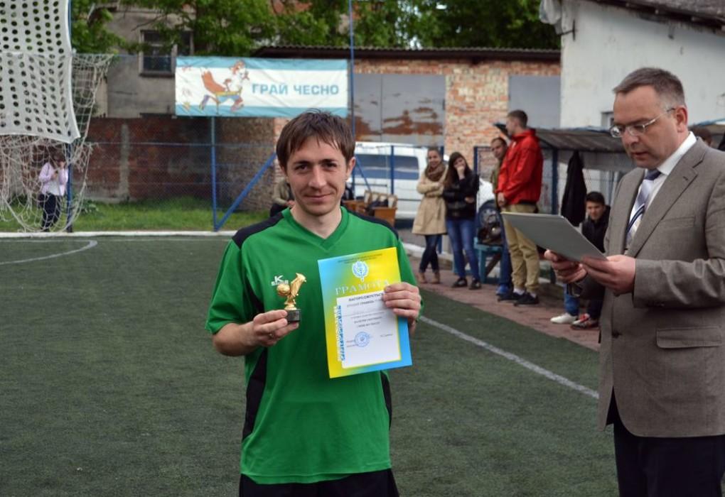 Кращий гравець турніру — А. Ніконець