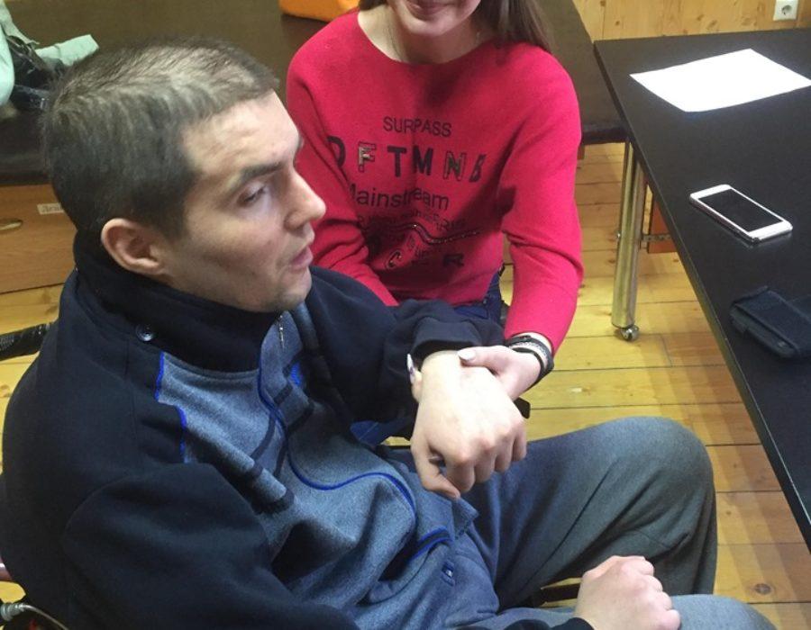Студентка Лілія Малик з пацієнтом