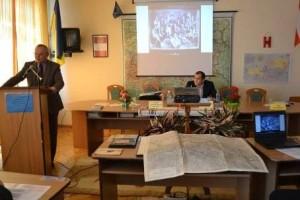 Представлення архівних раритетів часів І світової війни деканом історичного факультету проф. Л.Тимошенком