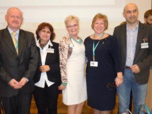 На фото друга зліва: проф. Л. Сокурянська, четверта проф. С. Щудло