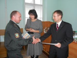 Під час вручення сертифікатів військовослужбовцям