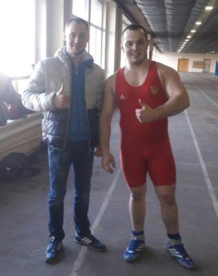 На фото перший справа Іван Селецький
