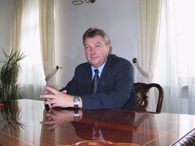 Марек Опеляк