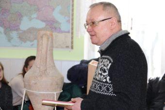 Професор Леонід Тимошенко презентує науковий доробок факультету