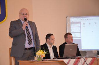 Журі брейн-рингу (зліва направо): професор Богдан Кишакевич, доценти Юрій Хомош та Тарас Городиський