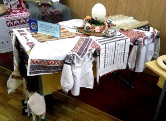 Міні-виставка робіт студентів ДДПУ