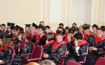 Студенти-випускники історичного факультету