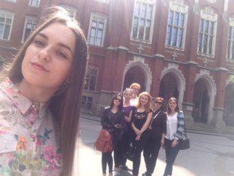 На фоні Ягеллонського університету