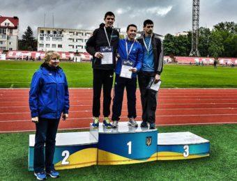На фото другий зліва срібний призер змагань – Іван Романяк