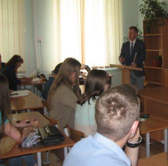Доцент Іван Нищак розповідає про переваги навчання у ДДПУ ім. І. Франка