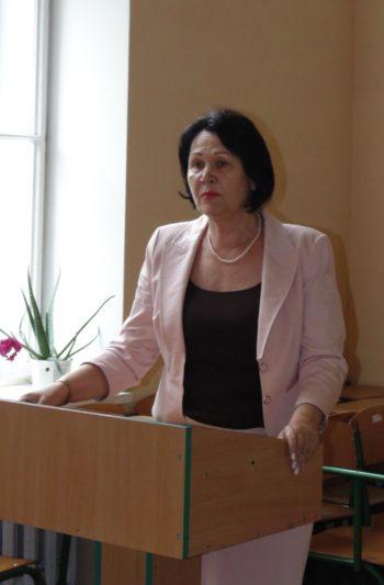 Слово на пошану професора Віктора Здоровенка виголошує професор Надія Скотна
