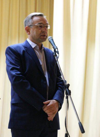 Першокурсників вітає проректор з наукової роботи професор Микола Пантюк