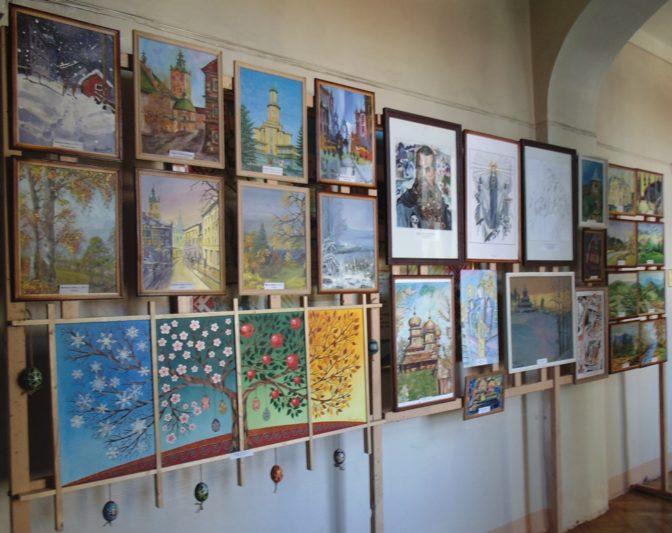 Виставка художніх робіт студентів факультету початкової та мистецької освіти