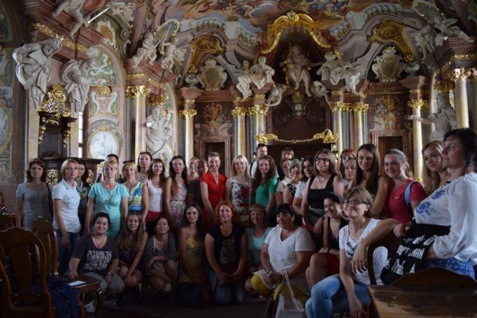 Учасники Літньої академії польської мови і культури у музеї Вроцлавського університету