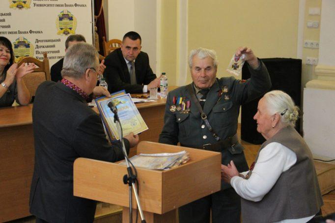 Учасників українського визвольного руху нагороджено ювілейною відзнакою до 75-річчя УПА