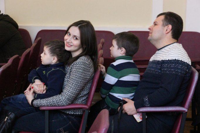 На свято Миколая завітала родина Розлуцьких