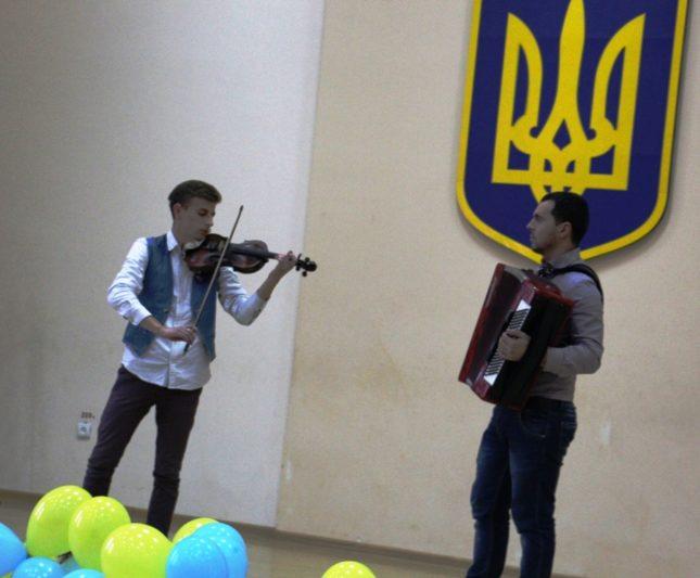 Музичний дарунок Ігоря Лішковича та Романа Макойди