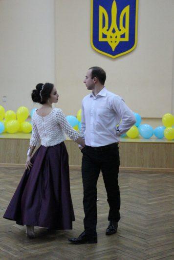 Виступ студентів соціально-гуманітарного факультету Олени Кайдан та Андрія Грабинського