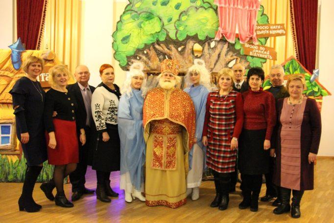 Св. Миколай разом з профкомом працівників університету