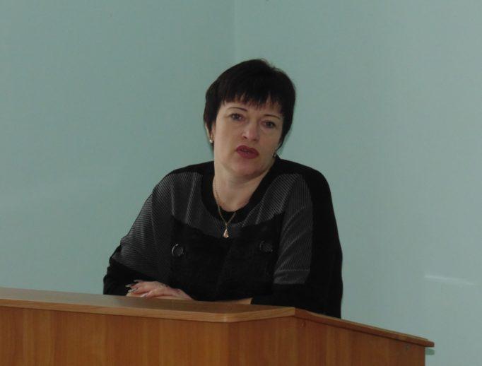 Гостей семінару представляє доцент Світлана Гірняк