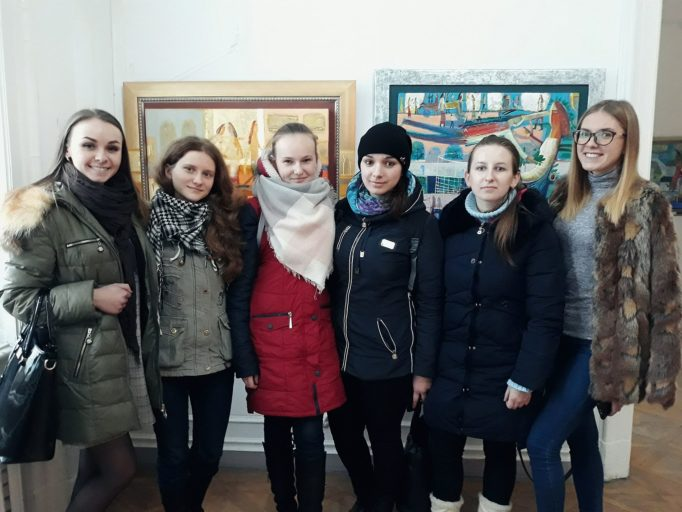Студенти-філологи на лекції «ШЕВЧЕНКО – ХУДОЖНИК»
