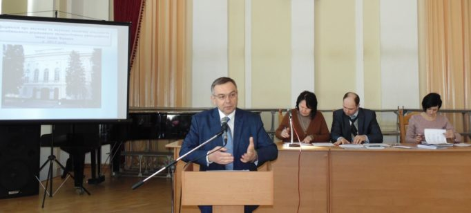 Доповідає проректор з наукової роботи професор Микола Пантюк