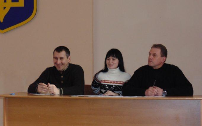 Поважне журі у складі Ігоря Гівчака, Володимира Думича та Марії Гальчишак