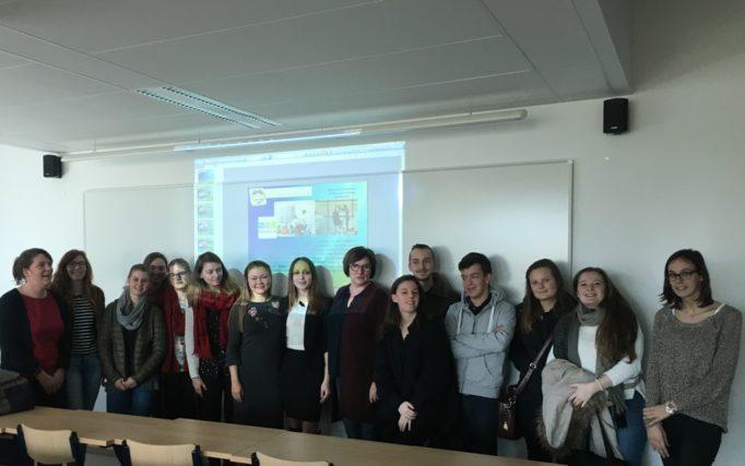 Доцент Ніна Грибок, бакалавр Анна-Марі Деньов, бельгійські студенти спеціальності Ерготерапія
