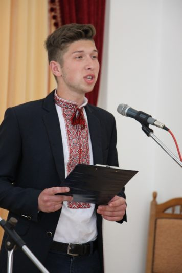 Вірш у виконанні Василя Хорканіна