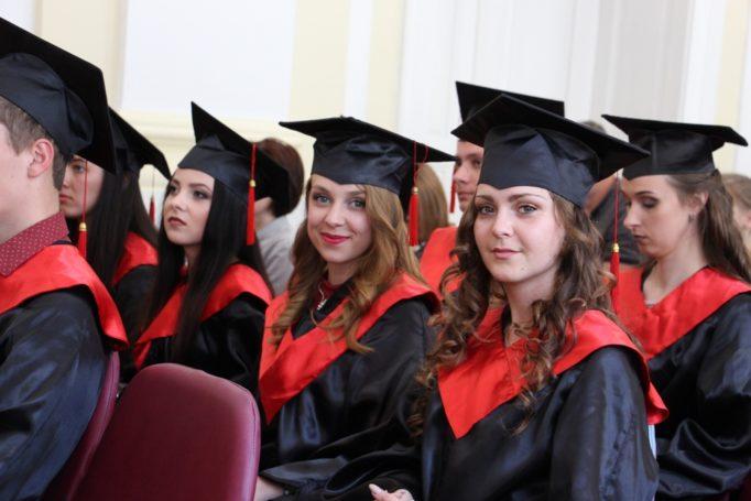 Щасливі магістри-випускники