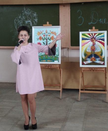 Пісню «Молитва матері» виконує Анна-Марія Василенко