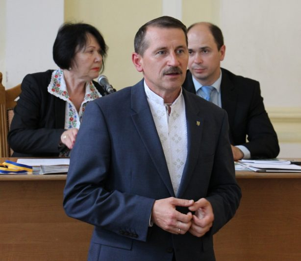 Вітальне слово виголошує почесний гість вченої ради міський голова Дрогобича Тарас Кучма